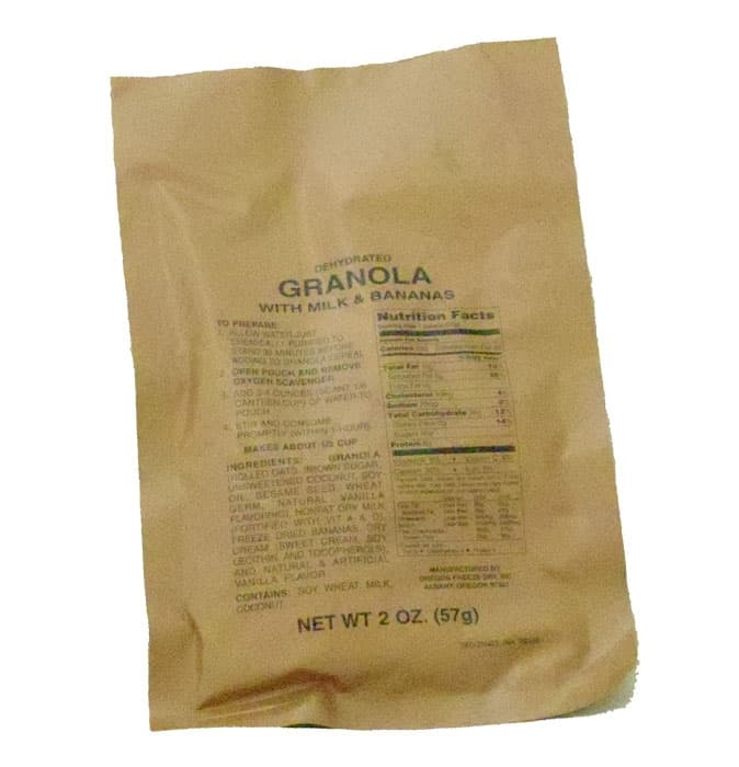 634039 - Single Serving Pouch of Granola with Milk and Bananas